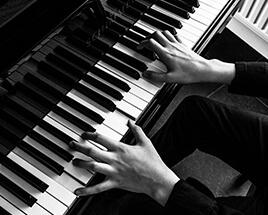 frank-piano-spelen